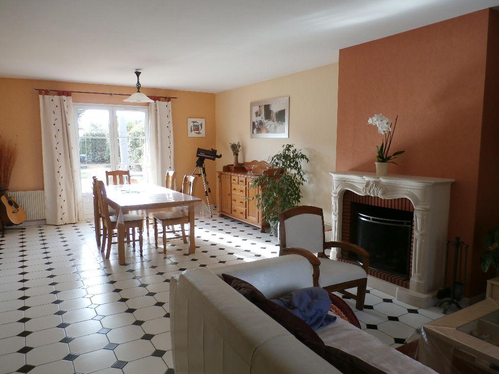 Maison Angers 7 pièce(s) 124 m2